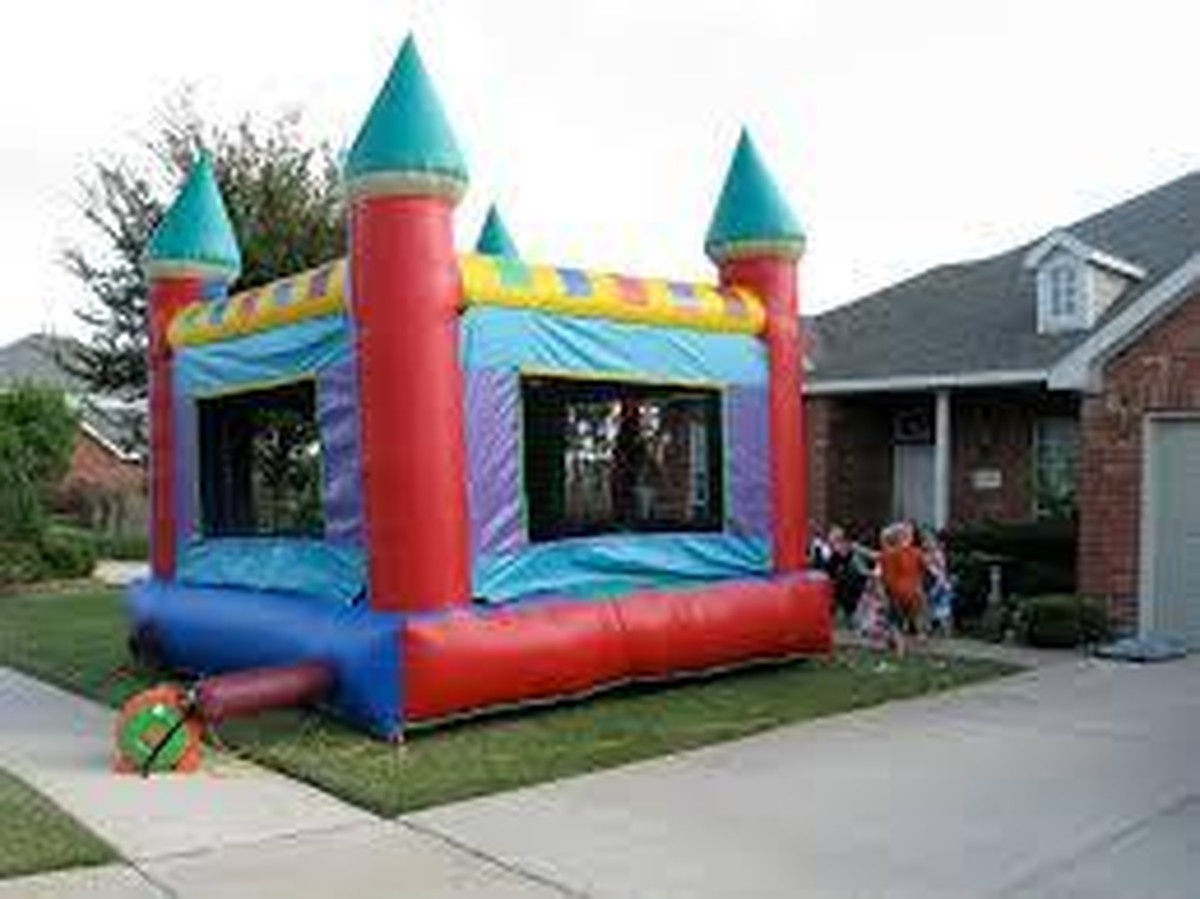 parental guide to renting bounce houses