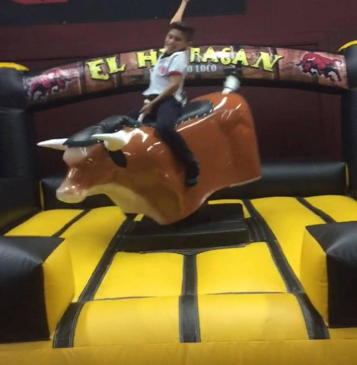 things to know when renting mechanical bulls