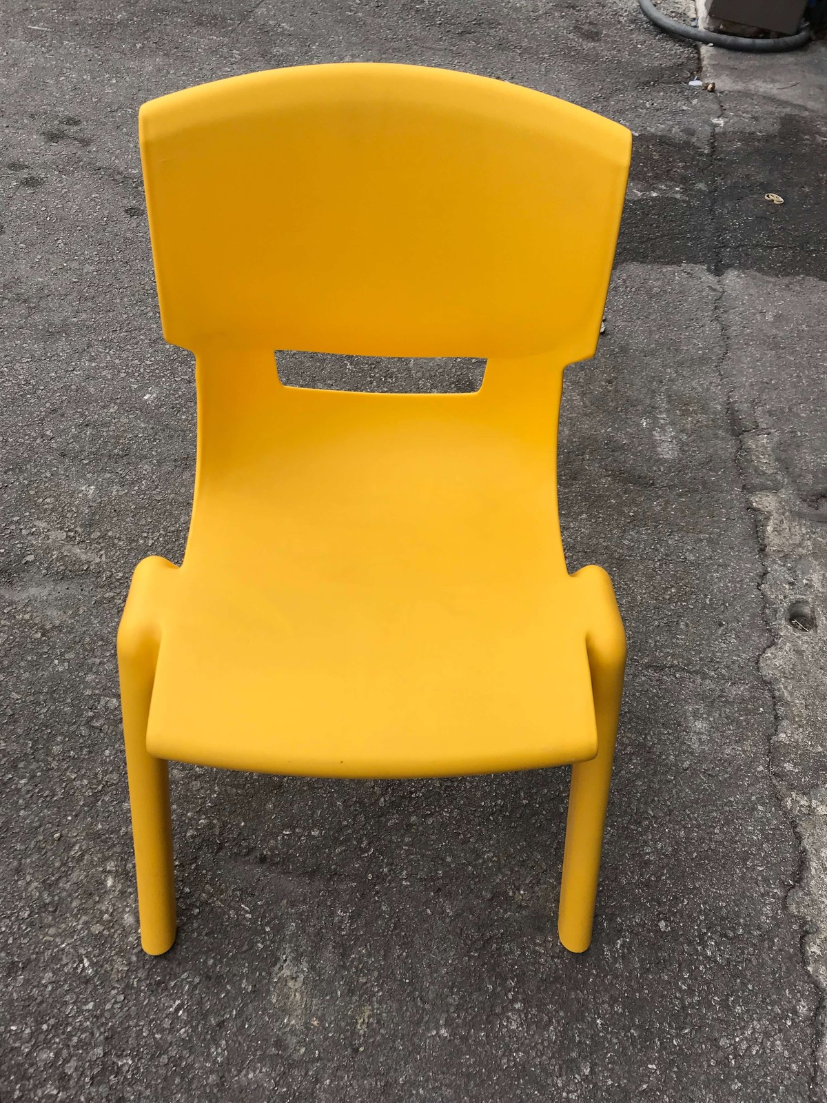 Kids Plastic Color Chairs